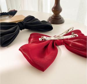 گیره مو - مدل پاپیون ساتن براق در سه رنگ متنوع